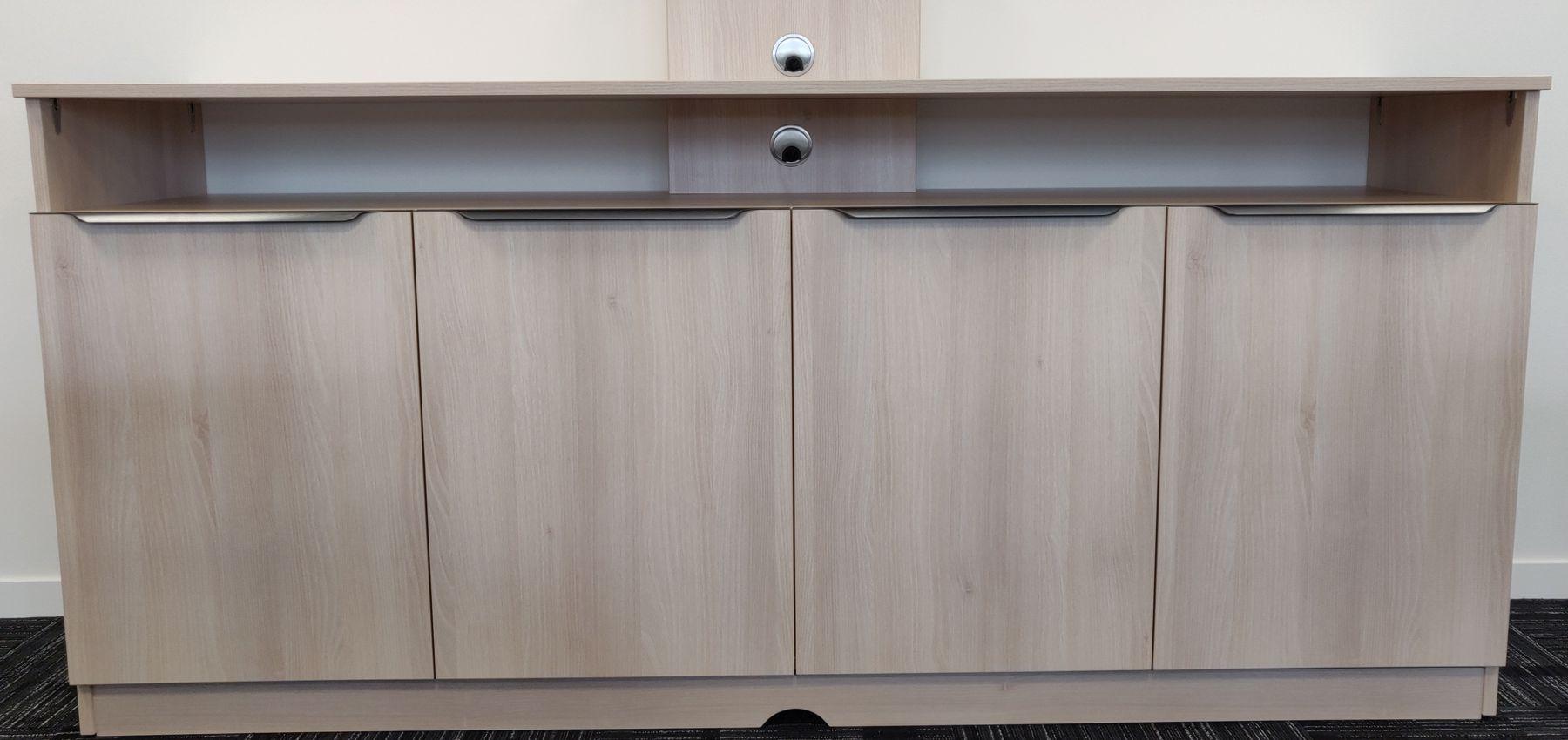 Vue d'ensemble meuble pour salle de visioconférence